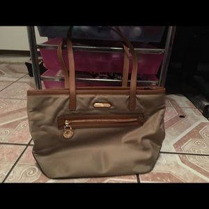 Michael Kors Kempton Purse